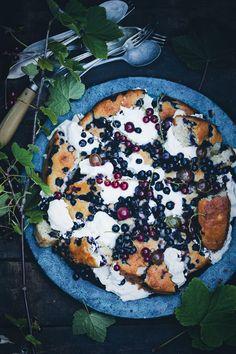 shattered blueberry yogurt cake