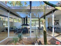 Wexler & Harrison's Lilliana Gardens Glass House in Palm Springs Asks $1.7M - Weekend Getaways - Curbed LA