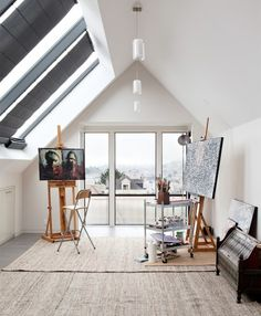 Great studio for painting...full of natural light.
