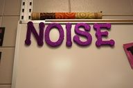 NOISE…removing one letter at a time when voice levels get too loud. When NO is left, there is NO more talking! a lot more clear than just putting up strikes on the board or letting the noise escalate to a point where you just cut off talking. Classroom Setting, Future Classroom, School Classroom, Classroom Decor, Science Classroom, Classroom Noise Level, Classroom Hacks, Classroom Procedures, Classroom Behavior Management