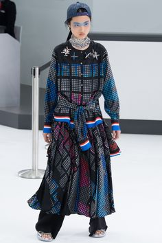 Chanel Spring 2016 Ready-to-Wear Collection Photos - Vogue#5#15