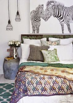 Awesome 55 Greatest Bedroom Decor Ideas on A Budget https://roomaniac.com/55-greatest-bedroom-decor-ideas-budget/