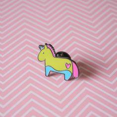 #Pin's Licorne arc-en-ciel - Pin's en #émail - #Unicorn #brooch - #Mode #Accessoire #Broche licorne - Licorne #rose #jaune et #bleu - #Bijou #licorne - #Arcenciel #Pins #picetpatch / par #PicEtPatchEtColegram sur Etsy https://www.etsy.com/fr/listing/528252664/pins-licorne-arc-en-ciel-pins-en-email