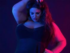 Chi è Yazmin Fox la modella curvy di lingerie erotica che sfida i social https://plus.google.com/105018264643907371072/posts/UMeiA9MkD8V
