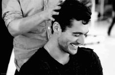 Always loved this pic, but now it's a GIF image?!!!   How adorable can he get?!!!(gif image)