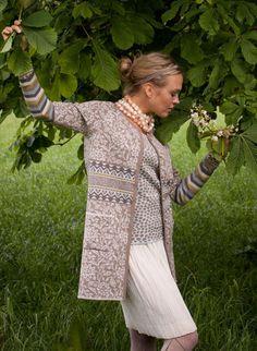 Cardigan from Oleana Punto Fair Isle, Scandinavian Fashion, Fair Isle Pattern, Loop Scarf, Fair Isle Knitting, Over 50 Womens Fashion, Sweater Making, Fashion Mode, Knitting Accessories