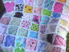 IMPORTANT!! Only made to order !!  This rag quilt is perfect for a little firl, very funny , sweet,handmade by me. I used in this quilt 63