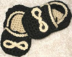 Boy's Slippons Crochet Booties (free Pattern) in 4 sizes - PDF of pattern is linked from this site.
