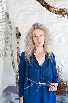 Kiki Smith in 2013 Born: January 18, 1954 (age 62) Nuremberg, West Germany. Nationality: American Known for Printmaking, sculpture, drawing