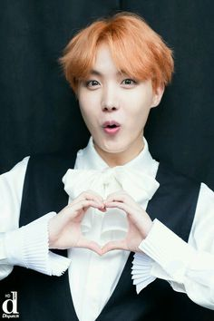 Shared by 파티마. Find images and videos about kpop, bts and jungkook on We Heart It - the app to get lost in what you love. Gwangju, Bts France, Bangtan France, Jung Hoseok, Foto Bts, Bts Photo, Bts Boys, Bts Bangtan Boy, Jhope Bts