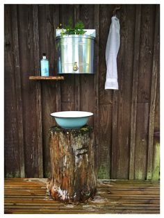 Outdoor Toilet, Outdoor Sinks, Outdoor Baths, Outdoor Bathrooms, Garden Shed Interiors, Outhouse Bathroom, Eclectic Bathroom, Outdoor Living, Bath