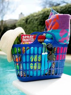 When temperatures rise, it's time for summer activities. Get a jump start on summer with an Easter basket full of pool toys, beach towels, sunglasses … Summer Gift Baskets, Kids Gift Baskets, Raffle Baskets, Easter Baskets, Beach Gift Basket, Easter Basket Ideas, Beach Gifts, Easter Crafts, Easter Gifts For Kids