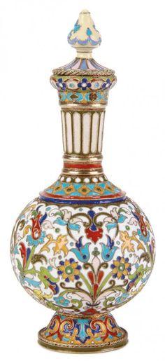 RUSSIAN SILVER PERFUME FLASK, FEODOR RUCKERT  ~~ For more:  - ✯ http://www.pinterest.com/PinFantasy/curioso-~-perfume-frascos-bottles/