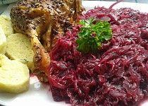 Karamelizované kysané červené  zelí s brusinkami. Side Dishes, Cabbage, Food And Drink, Vegetables, Cooking, Recipes, Foods, Fine Dining, Kitchen