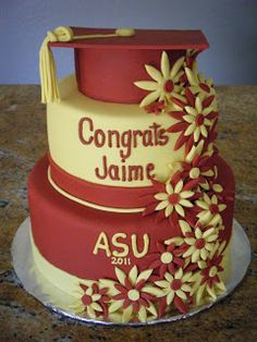 Gorgeous Graduation Cake - so nice and clean...simply well done