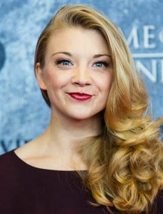 Blonde Balayage Hair for Long Hairstyles, Do you wish to keep your hair long but worried that it is thin? Natalie Dormer, Margaery Tyrell, Sleek Hairstyles, Blonde Hairstyles, Wedding Hairstyles, Good Looking Women, Belleza Natural, Blonde Balayage, Beautiful Eyes