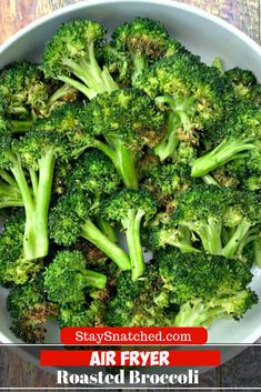 Easy Air Fryer Roasted Broccoli is a quick vegetarian, vegan, and gluten-free re. - Food - Easy Air Fryer Roasted Broccoli is a quick vegetarian, vegan, and gluten-free re. Air Fryer Recipes Appetizers, Air Fryer Recipes Vegetarian, Air Fryer Recipes Vegetables, Air Fryer Recipes Snacks, Air Fryer Recipes Low Carb, Air Fryer Recipes Breakfast, Air Fryer Dinner Recipes, Air Fry Recipes, Vegetable Recipes