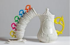 westwing-seletti-weiße-tassen