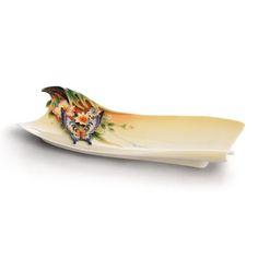 fluttering beauty ornamental plate