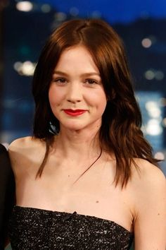 From retro waves to the perfect pixie cut, track Carey Mulligan's hair history Just Beauty, Hair Beauty, Carey Mulligan Hair, Terrible Haircuts, Pixie Crop, Red Carpet Hair, Berry Lips, Retro Waves, Iconic Women