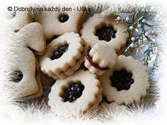 Myslíme si, že by sa vám mohli páčiť tieto piny - sbel Christmas Sweets, Christmas Candy, Christmas Baking, Czech Recipes, Holiday Cookies, Cupcake Cakes, Cupcakes, Great Recipes, Cake Decorating