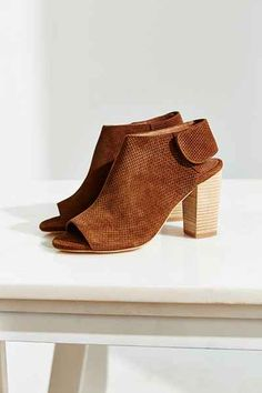 Jeffrey Campbell Quebec-2 Peep-Toe Heel - Urban Outfitters