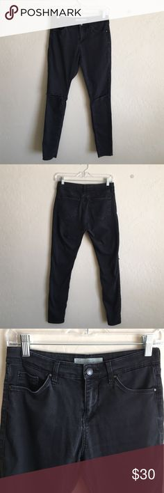 Black Topshop Moto jeans Slits in both knees. Size W 28 to fit L30 Topshop Jeans