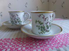 Vintage Swedish coffee cups / Linneae flowers