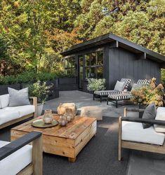 Affordable Outdoor Space Design Ideas For Backyard 32 Outdoor Entertaining, Outdoor Cooking, Center Table Living Room, Outdoor Sinks, Outdoor Spaces, Outdoor Decor, Backyard, Patio, Outdoor Kitchen Design