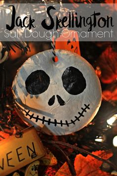 Jack Skellington Salt Dough Ornament If you love Nightmare Before Christmas and Jack Skellington this craft is perfect for you. Awesome for my Halloween tree or just to hang around the house. Halloween Trees, Halloween Crafts, Holiday Crafts, Halloween Lawn, Cheap Halloween, Disney Halloween, Halloween 2019, Holiday Fun, Salt Dough Projects