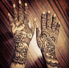 Very detailed henna