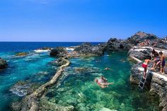 things to do in tenerife:Piscinas Naturales El Caleton Places To Travel, Places To See, Travel Destinations, Holiday Destinations, Canaries Tenerife, Beach Vibes, Rock Pools, Beach Wear, Canary Islands