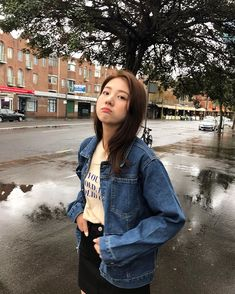 Image may contain: 1 person, standing, tree, outdoor and water Korean Beauty Girls, Korean Girl Fashion, Korean Fashion Trends, Ulzzang Fashion, Ulzzang Korean Girl, Cute Korean Girl, Asian Girl, Ullzang Girls, Girl Korea