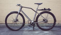 Solid a commuter bike design with printed titanium frame Bmx, Adaptive Design, Titanium Bike, Velo Cargo, Bike Brands, Urban Bike, Commuter Bike, Bicycle Design, Design Projects
