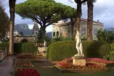 Villa Cimbrone in Ravello, Amalfi Coast Italian Life, Italian Villa, Sorrento, Positano, Cinque Terre, Voyage Rome, Ravello Italy, Villas, Southern Italy