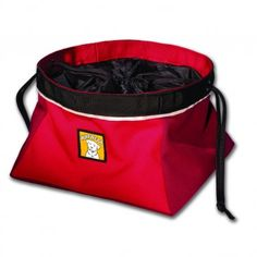 Quencher Cinch Top Dog Bowl If you're planning to take Fido out for the day, be prepared by filling this recycled polyester collapsible bowl with his favorite food. The cinch top will keep kibble secure and contained until it's time to stop for lunch. Plastic Dog Bowls, Dog Food Bowls, Pet Bowls, Collapsible Dog Bowl, Dog Food Container, Food Containers, Gucci, Thing 1, Red Dog
