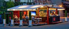 contenedor restaurante - Buscar con Google Madrid, Container Restaurant, Food Trailer, Cafe Interior Design, Shipping Container Homes, Food Truck, Architecture, Outdoor Decor, Commercial