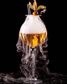 Some great glassware from @hruskaglass POPPY HEAD COCKTAIL GLASS 300ml.WWW.HRUSKAGLASS.COM.