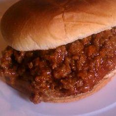 Terri's Sloppy Joes from Allrecipes.com: 1.5 lb gr beef, 1 sm onion (chopped), 3/4 c ketchup, 1/4c bbq sauce, 1Tbl vinegar, 1 Tbl prepared mustard, 1 Tbl brown sugar. Brown meat/onion ~10min; add rest & simmer ~15min.