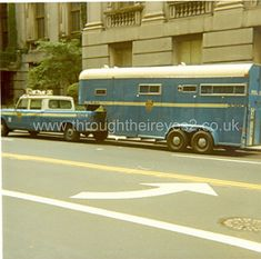 NEW YORK POLICE DEPT HORSE BOX circa 1980 | by through their eyes Old Police Cars, Police Truck, Police Vehicles, Emergency Vehicles, Vintage Trucks, Old Trucks, Fbi Car, Police Crime, New York Police