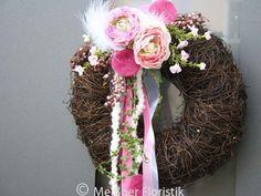 Frühling - Türkranz rosa weiß von Meißner Floristik auf DaWanda.com