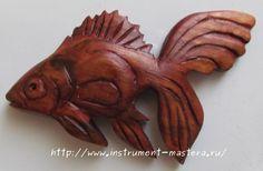 Золотая рыбка - магнитик на холодильник