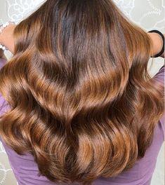 13 Glowing Golden Brown Hair Ideas & Formulas | Wella Professionals Sandy Blonde Hair, Blonde Hair Shades, Cool Blonde Hair, Golden Blonde Hair, Brown Blonde Hair, Brunette Hair, Deep Brown Hair, Light Golden Brown Hair, Brown Hair Looks