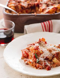 Tuttorosso Baked Ziti with Italian Sausage Great Recipes, Favorite Recipes, Fall Recipes, Yummy Recipes, Pasta Recipes, Spaghetti Recipes, Recipes Dinner, Baked Ziti With Sausage, Italian Sausage Recipes