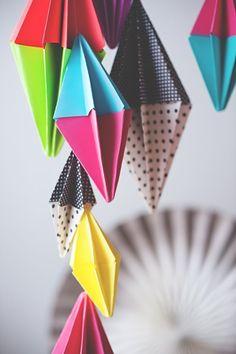 diamond party garland | A Subtle Revelry | Bloglovin'