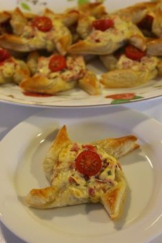 Savory Pastry, Puff Pastry Recipes, Savoury Baking, A Food, Good Food, Food And Drink, Yummy Food, Snack Recipes, Cooking Recipes