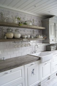 Ambrosial Small kitchen cabinets online shopping,Kitchen design layout dimensions and Cost of kitchen remodel layout. Fancy Kitchens, Modern Farmhouse Kitchens, Farmhouse Kitchen Decor, Home Kitchens, Farmhouse Ideas, Kitchen Modern, Kitchen Interior, Farmhouse Design, Colonial Kitchen