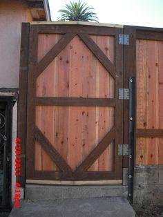 Blog.WoodFenceExpert.com: Best Wood Fence Gates in Los Angeles?