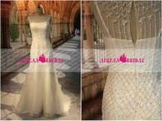 RW314 Beaded Wedding Dress Crystal Mermaid Bridal Dress white Short Cap Sleeve Bridal Gown Long Wedding Gown Shiny Zipper Back Bridal Gown