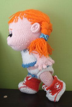 knitted converse girl